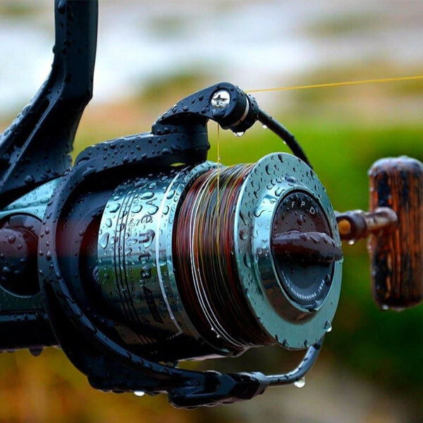 Best Float Fishing Reels in 2021 - A Total Fishing Review