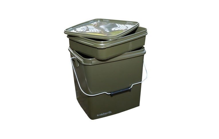 Trakker - 13l Square Bucket With Removable Tray
