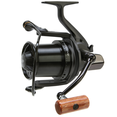 Daiwa - DCR1 Basia Custom Reel - Black Body Black Spool Wooden Handle