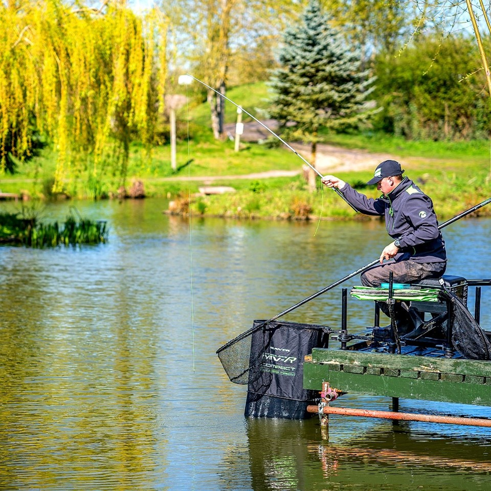 Best Fishing Poles Under £500 - A Total Fishing Review